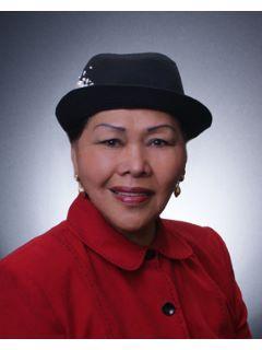 Angelita Celemin of Real Estate Alliance Team Photo