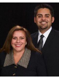 Mike Vazquez of Esther & Mike Vazquez Team Photo