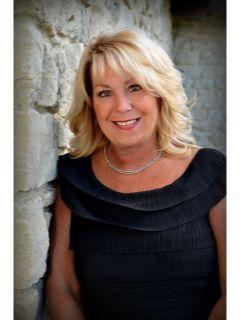 Debbie Lucyk of Platinum Real Estate Professionals Photo