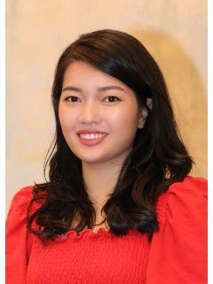 Summer Chen of CENTURY 21 The Moore Group