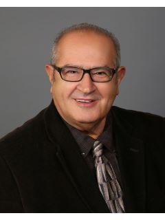 Jose Villa of CENTURY 21 Arroyo Seco