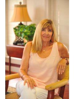 Kathy Wallat of CENTURY 21 Triangle Group