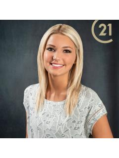 Carlee Hoppa of CENTURY 21 Butler Real Estate Services