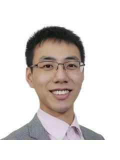 Han Lu of CENTURY 21 Sunet Group