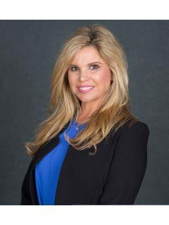 Caty Hulett of CENTURY 21 J. Carter & Company photo