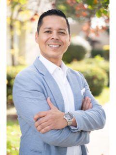 Sammy Gomez of CENTURY 21 Plaza