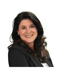 Pamela Mundra of CENTURY 21 Triangle Group
