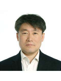 Kwangjae Yoo of CENTURY 21 Western Realty