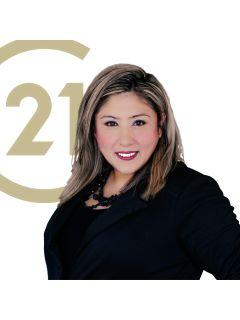 Lorena Andrews of CENTURY 21 First Group