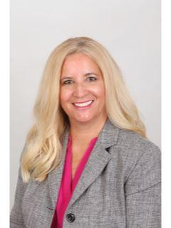 Lynn Roberts of CENTURY 21 Discovery