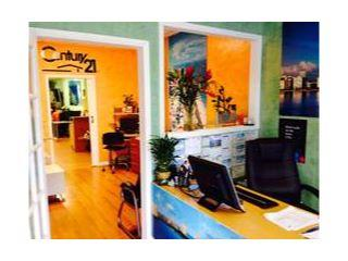 CENTURY 21 1st Class Realty