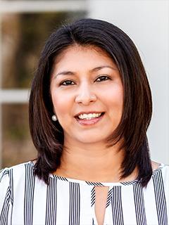 Karen Mendoza of CENTURY 21 Union Realty Co.