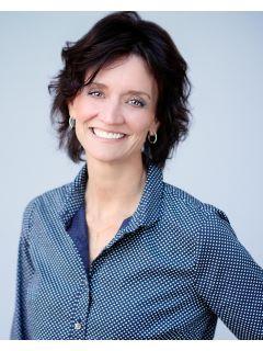 Janet Winn of CENTURY 21 Signature Real Estate