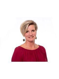 Michele Peterson of CENTURY 21 Judge Fite Company