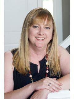 Dawn Brown of CENTURY 21 Affiliated