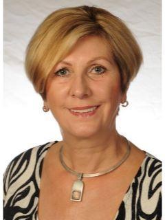 Zuzanna Kacprzak of CENTURY 21 Schmidt Real Estate