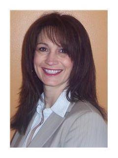 Karen Macchitelli of CENTURY 21 Lullo