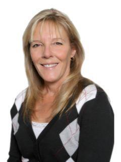 Lori Bartosh of CENTURY 21 Lois Lauer Realty