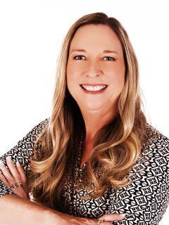 Sue Jones of CENTURY 21 Selling Paradise photo