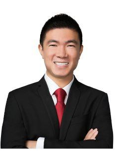 Michael Dong of CENTURY 21 CARE