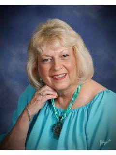 Beverly Garrett of CENTURY 21 Lee Real Estate, Inc. photo