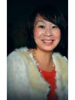 Sue Lu of CENTURY 21 Amber Realty Inc.