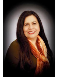 Laura Paz of CENTURY 21 Universal Real Estate